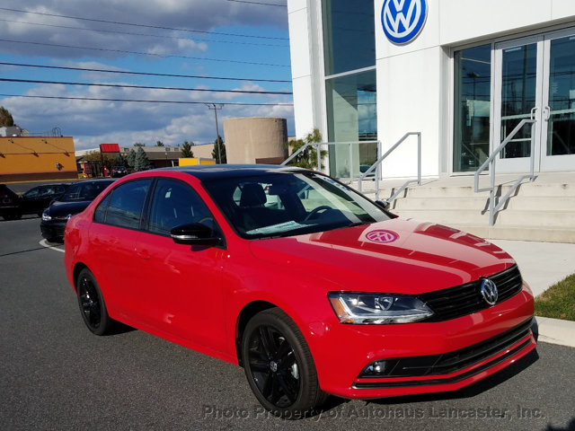 new 2018 volkswagen jetta 1 8t se sport automatic sedan in lancaster 181051 autohaus. Black Bedroom Furniture Sets. Home Design Ideas