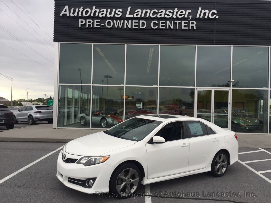 Pre-Owned 2012 Toyota Camry 4dr Sedan V6 Automatic XLE
