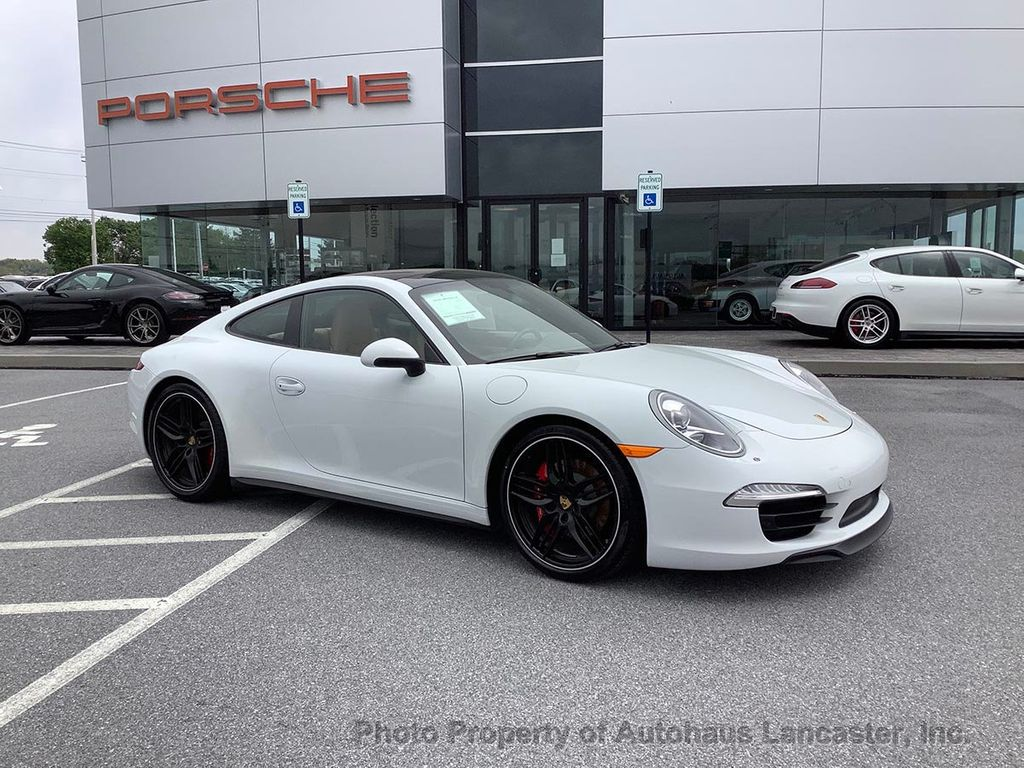 Pre-Owned 2015 Porsche 911 C4S with Warranty until 2/2021!!!