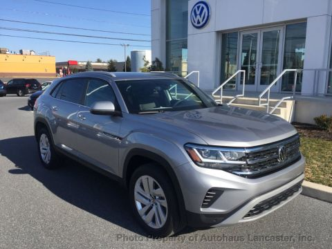 New 2020 Volkswagen Atlas Cross Sport 2.0T SE w/Technology 4MOTION