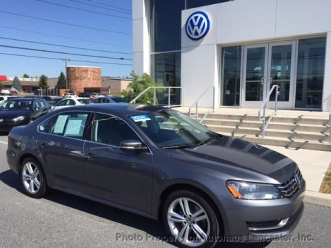 Certified Pre-Owned 2014 Volkswagen Passat 4dr Sedan 2.0L DSG TDI SE w/Sunroof