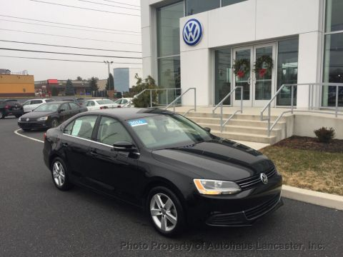 Certified Pre-Owned 2014 Volkswagen Jetta Sedan 4dr DSG TDI