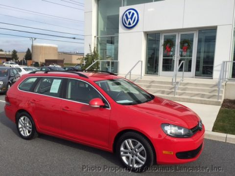 Pre-Owned 2011 Volkswagen Jetta SportWagen 4dr Manual TDI