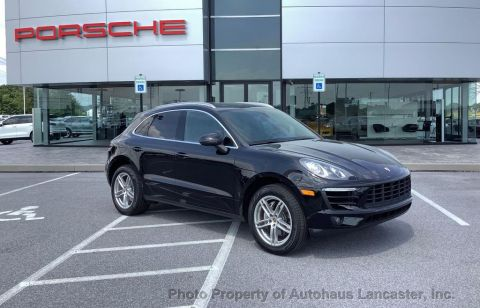 Pre-Owned 2016 Porsche Macan 1 OWNER- FULLY SERVICED- NEW TIRES and BRAKES